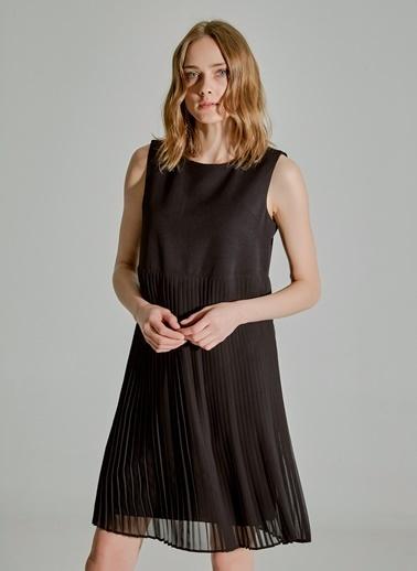 People By Fabrika Piliseli Elbise Siyah